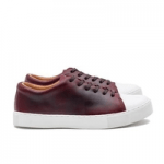 uk mens shoe brands category image showing a pair of crown shoes trainers with white sole