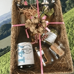 british made wine category image showing a hattingley valley wine gift set